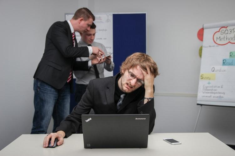 Síndrome de Burnout - NeuroClass - Estrés laboral